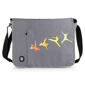 Красивая сумка в спортивном стиле с клапаном на липучке.