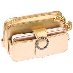 Оставьте свою большую мешковатую сумочку дома.  Это небольшое сокровище...