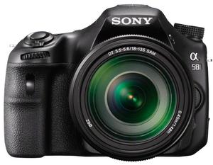 фото Цифровой фотоаппарат Sony Alpha SLT-A58 Kit 18-135