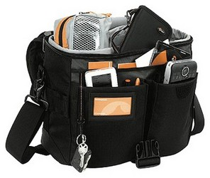 Сумка для Canon EOS 550D Kit Lowepro Stealth Reporter D650 AW.