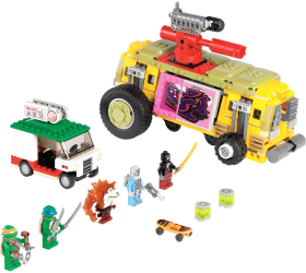 Фото конструктора LEGO Черепашки-ниндзя Погоня на панцирном танке 79104