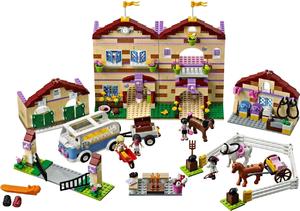 Фото конструктора LEGO Friends Школа верховой езды 3185