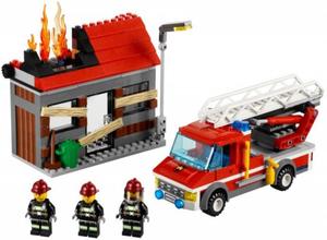 фото Конструктор LEGO City Тушение пожара 60003