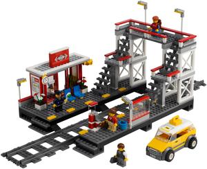 фото Конструктор LEGO City 7937 Железнодорожный вокзал