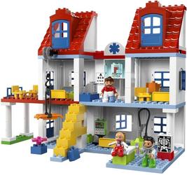 фото Конструктор LEGO Duplo Большая городская больница 5795
