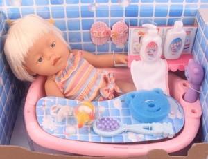 Кукла Shantou Gepai Кукла с ванночкой 42 см 941165 SotMarket.ru 1650.000
