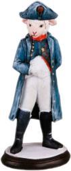Фото феникс Овечка в образе Наполеона 34563