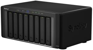 Фото NAS Synology DS1815+