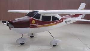 фото Р/у самолет RICCS Mini Cessna 182 RTF 2.4G 0020-01