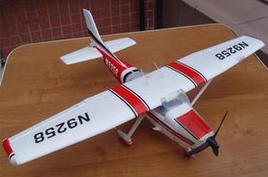 фото Р/у самолет RICCS Mini Cessna 182 RTF 2.4G 0021-01