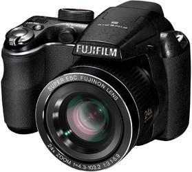 фото Цифровой фотоаппарат Fujifilm FinePix S3200
