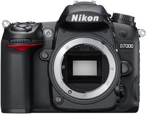 фото Цифровой фотоаппарат Nikon D7000 Body