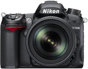 Фото Nikon D7000 Kit AF-S DX 18-105VR