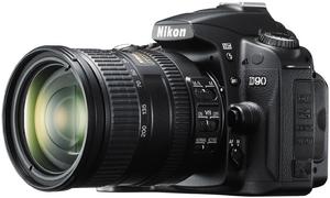 фото Цифровой фотоаппарат Nikon D90 Kit 18-200